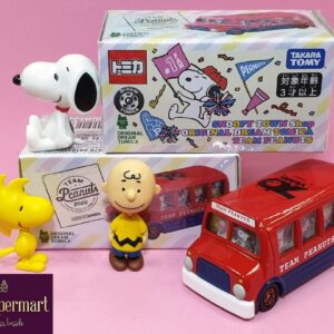 Tomica – Snoopy Town 70th Anniversary Snoopy Team Peanuts Bus